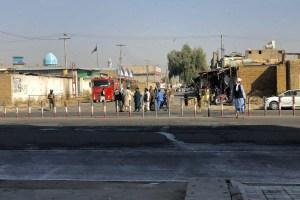 Al menos 32 muertos y 53 heridos por explosiones en mezquita chiita en Afganistán