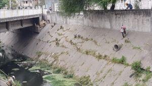Gritos bajo un puente alarmaron a la comunidad: Al llegar, encontraron una orgía