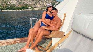 """Cristiano Ronaldo le hizo un lujoso regalo a su pareja Georgina Rodríguez que la dejó """"sin palabras"""" (FOTOS)"""
