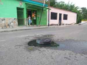 """¿Qué pasó Hidrocentro? Desde hace 9 años una """"piscina"""" de aguas negras afecta a vecinos en Bejuma"""