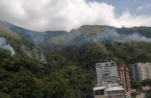 Líneas de alta tensión en Terrazas del Ávila comenzaron a emitir explosiones (Imágenes)